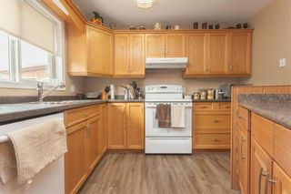 Photo 5: 299 OAKENWALD Crescent in Mitchell: R16 Residential for sale : MLS®# 202117711
