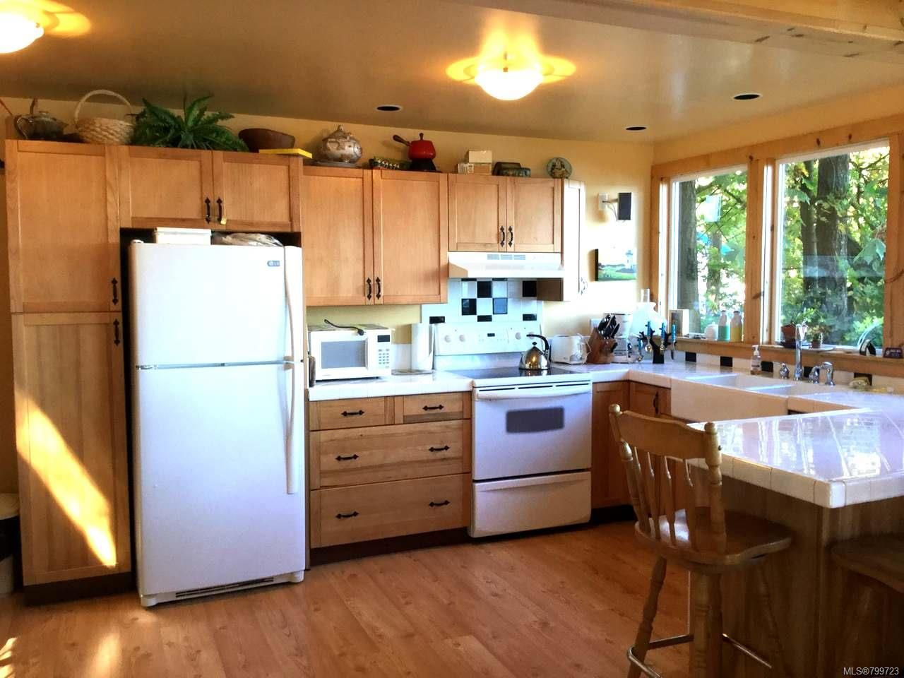 Photo 3: Photos: 1058 Sea Fern Lane in MUDGE ISLAND: Isl Mudge Island House for sale (Islands)  : MLS®# 799723