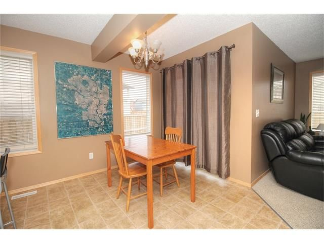 Photo 14: Photos: 304 EVERSYDE Circle SW in Calgary: Evergreen House for sale : MLS®# C4035934