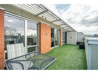"""Photo 21: 504 3811 HASTINGS Street in Burnaby: Vancouver Heights Condo for sale in """"MODEO"""" (Burnaby North)  : MLS®# R2559916"""