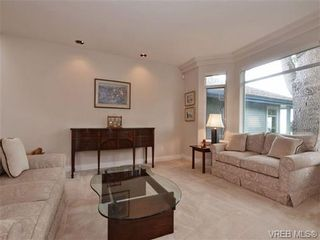 Photo 12: 5 5187 Cordova Bay Rd in VICTORIA: SE Cordova Bay Row/Townhouse for sale (Saanich East)  : MLS®# 703610