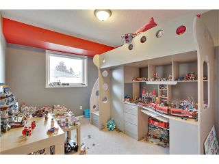 Photo 18: 485 REGAL Park NE in Calgary: Renfrew House for sale : MLS®# C4054318