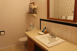 Photo 10: 956 Lodge Avenue in Pincher Creek: House for sale