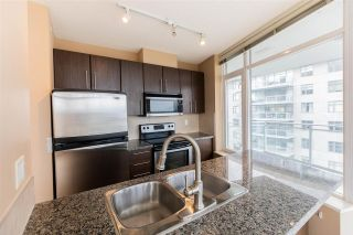 "Photo 4: 3208 892 CARNARVON Street in New Westminster: Downtown NW Condo for sale in ""Azure II"" : MLS®# R2533598"