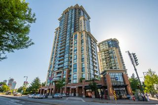 """Photo 1: 2202 10777 UNIVERSITY Drive in Surrey: Whalley Condo for sale in """"CITY POINT"""" (North Surrey)  : MLS®# R2564095"""
