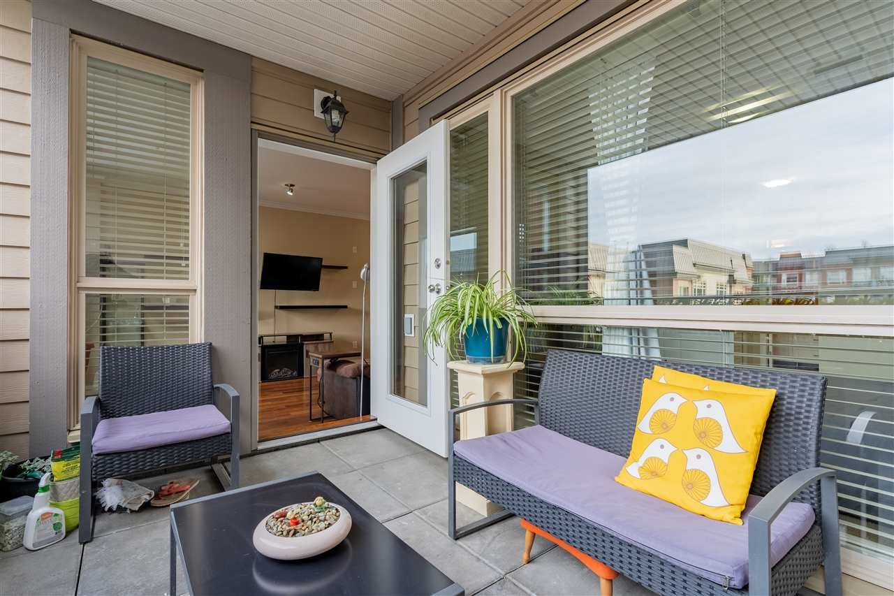 """Main Photo: 214 2627 SHAUGHNESSY Street in Port Coquitlam: Central Pt Coquitlam Condo for sale in """"VILLAGIO"""" : MLS®# R2546687"""