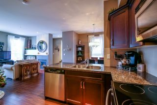 """Photo 10: 1 6885 208A Street in Langley: Willoughby Heights Townhouse for sale in """"Milner Heights"""" : MLS®# R2019684"""