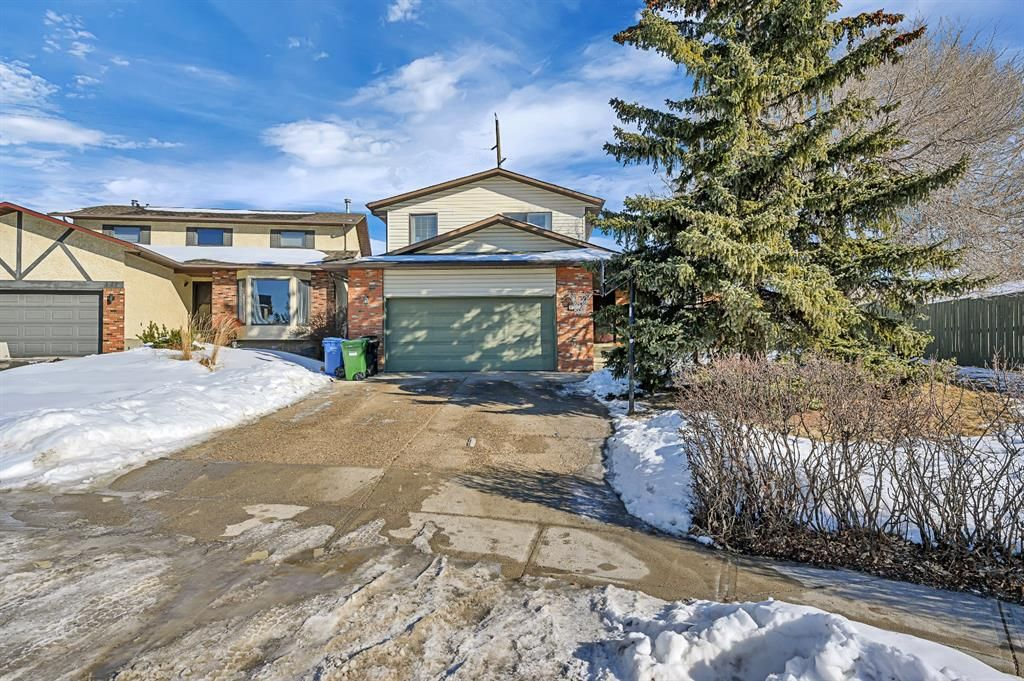 Main Photo: 123 Edgewood Drive NW in Calgary: Edgemont Detached for sale : MLS®# A1070079