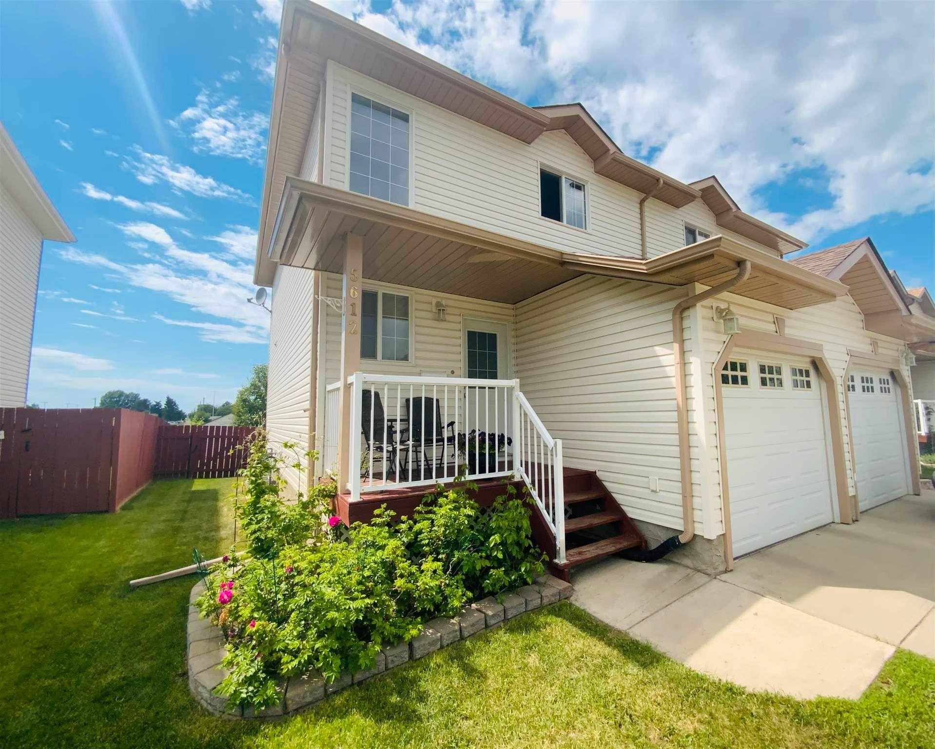 Main Photo: 5612 Garden Meadows Drive: Wetaskiwin House Half Duplex for sale : MLS®# E4251979