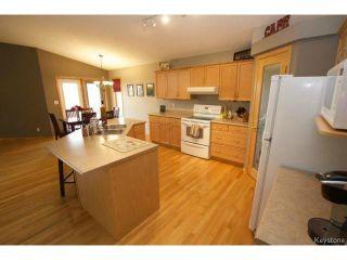 Photo 4: 100 Brian Monkman Bay in WINNIPEG: Windsor Park / Southdale / Island Lakes Residential for sale (South East Winnipeg)  : MLS®# 1415599