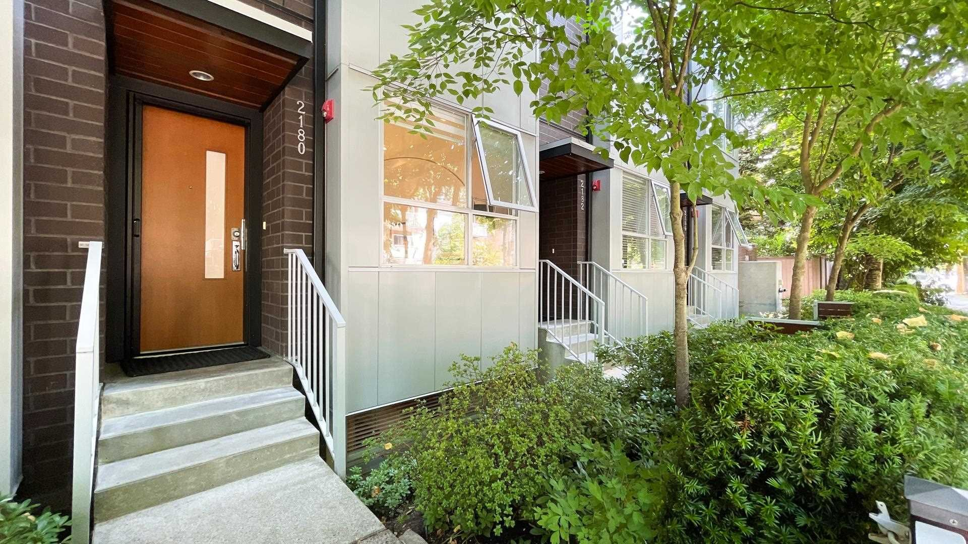 """Main Photo: 2180 W 8TH Avenue in Vancouver: Kitsilano Townhouse for sale in """"Canvas"""" (Vancouver West)  : MLS®# R2605836"""