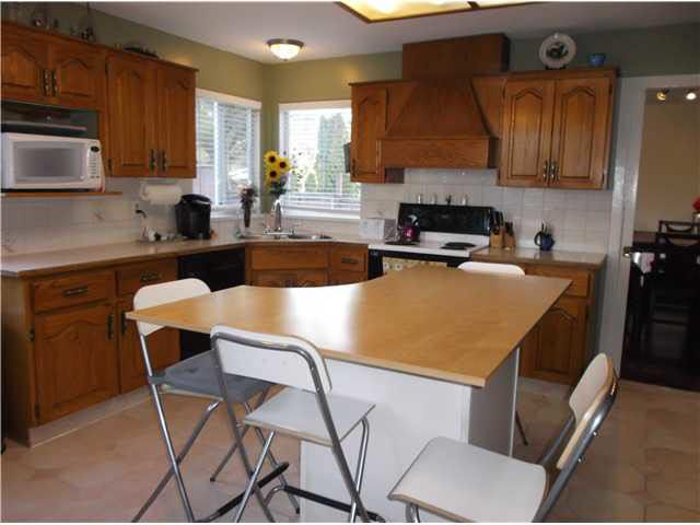 """Photo 3: Photos: 14326 78TH Avenue in Surrey: East Newton House for sale in """"SPRINGHILL ESTATES"""" : MLS®# F1433646"""