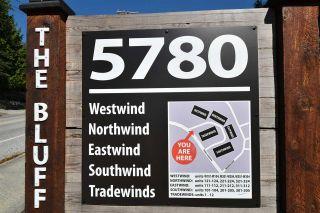 "Photo 3: 11 5780 TRAIL Avenue in Sechelt: Sechelt District Condo for sale in ""Tradewinds"" (Sunshine Coast)  : MLS®# R2476579"