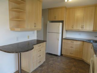 Photo 7: 9 Aspen Drive: Oakbank Single Family Attached for sale (R04)  : MLS®# 1804060