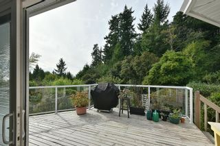 """Photo 5: 491 OCEAN VIEW Drive in Gibsons: Gibsons & Area House for sale in """"Woodcreek Park"""" (Sunshine Coast)  : MLS®# R2624435"""