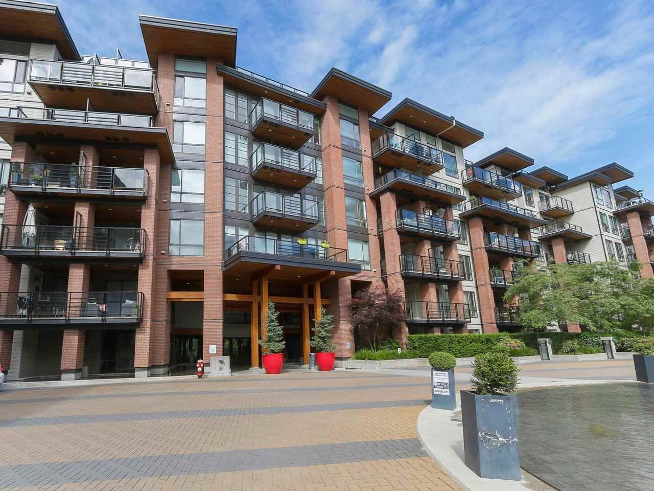 """Main Photo: 408 733 W 3RD Street in North Vancouver: Harbourside Condo for sale in """"THE SHORE"""" : MLS®# R2424919"""