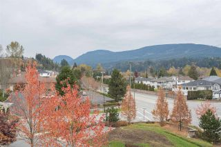Photo 17: 304 3178 DAYANEE SPRINGS BOULEVARD in Coquitlam: Westwood Plateau Condo for sale : MLS®# R2323034