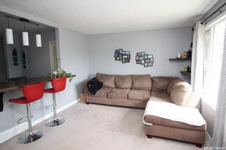 Photo 5: 813 Macklem Drive in Saskatoon: Massey Place Residential for sale : MLS®# SK856096