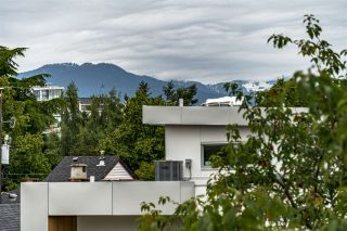 Photo 15: 494 E 18TH AVENUE in Vancouver: Fraser VE House for sale (Vancouver East)  : MLS®# R2469341