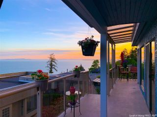 Photo 37: 1347 EVERALL Street: White Rock House for sale (South Surrey White Rock)  : MLS®# R2576172