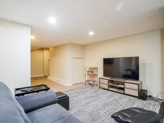 """Photo 29: 3 3370 ROSEMONT Drive in Vancouver: Champlain Heights Townhouse for sale in """"ASPENWOOD"""" (Vancouver East)  : MLS®# R2493440"""