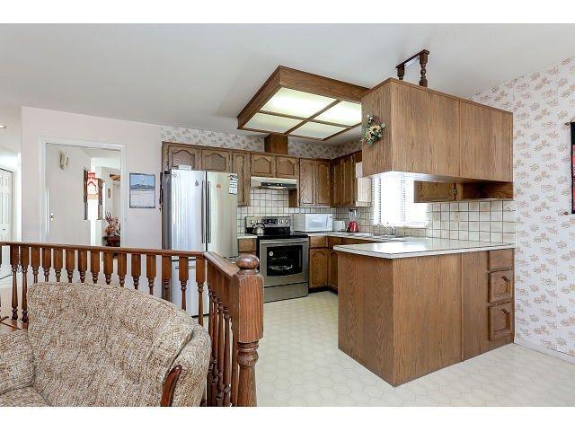 Photo 7: Photos: 15423 93 AV in Surrey: Fleetwood Tynehead House for sale : MLS®# F1447142