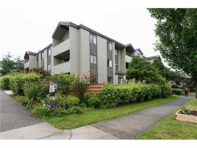 Main Photo: 303 725 COMMERCIAL DRIVE in : Hastings Condo for sale : MLS®# V1071668