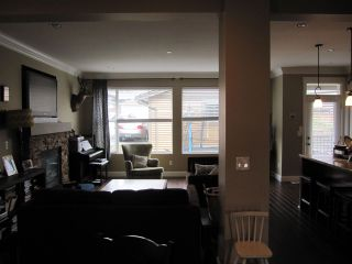 "Photo 7: 23756 111A Avenue in Maple Ridge: Cottonwood MR House for sale in ""FALCON HILL"" : MLS®# R2054700"