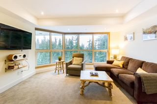 "Photo 2: 406 4557 BLACKCOMB Way in Whistler: Benchlands Condo for sale in ""LE CHAMOIS"" : MLS®# R2424119"