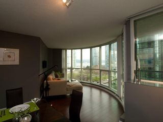 """Photo 25: 606 588 BROUGHTON Street in Vancouver: Coal Harbour Condo for sale in """"HARBOURSIDE PARK"""" (Vancouver West)  : MLS®# V929712"""