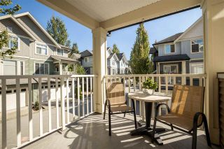 """Photo 17: 67 6575 192 Street in Surrey: Clayton Townhouse for sale in """"IXIA"""" (Cloverdale)  : MLS®# R2495504"""