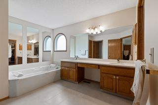 Photo 22: 927 Shawnee Drive SW in Calgary: Shawnee Slopes Detached for sale : MLS®# A1123376