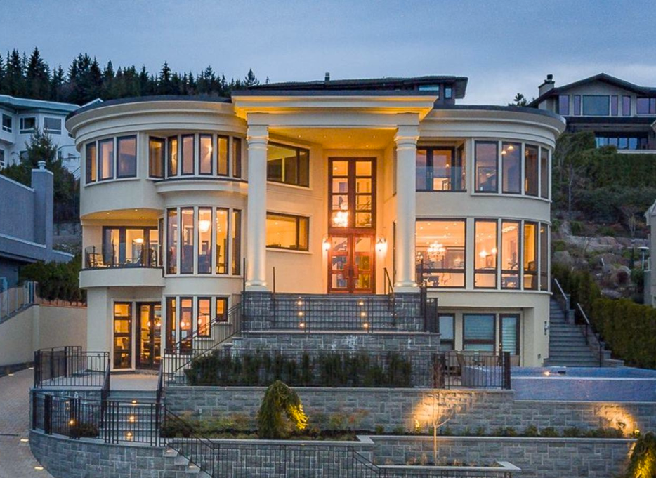 Main Photo: 1437 CHIPPENDALE ROAD in West Vancouver: House for sale