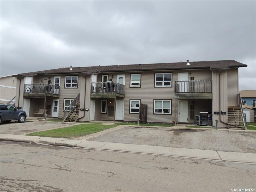 Main Photo: 105 525 Dufferin Avenue in Estevan: Residential for sale : MLS®# SK808833