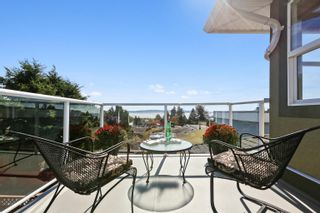 Photo 18: 948 KENT Street: White Rock House for sale (South Surrey White Rock)  : MLS®# R2615798