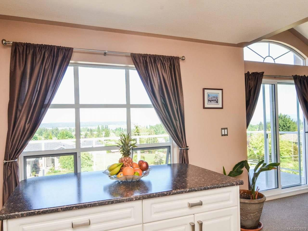 Photo 14: Photos: 753 Bowen Dr in CAMPBELL RIVER: CR Willow Point House for sale (Campbell River)  : MLS®# 731479