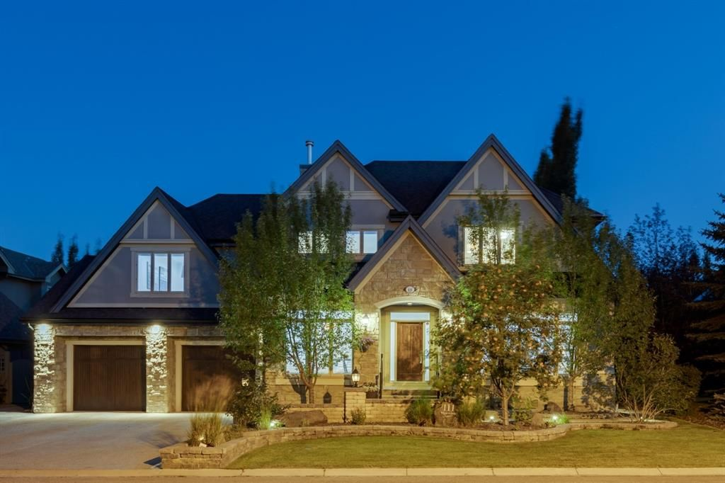 Main Photo: 111 Wentworth Lane SW in Calgary: West Springs Detached for sale : MLS®# A1138412
