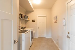 """Photo 10: 24409 113A Avenue in Maple Ridge: Cottonwood MR House for sale in """"MONTGOMERY ACRES"""" : MLS®# R2156009"""