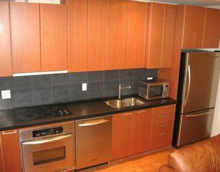 """Photo 2: 1333 W GEORGIA Street in Vancouver: Coal Harbour Condo for sale in """"CUBE"""" (Vancouver West)  : MLS®# V621927"""