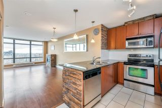 """Photo 7: 1703 610 VICTORIA Street in New Westminster: Downtown NW Condo for sale in """"THE POINT"""" : MLS®# R2431957"""