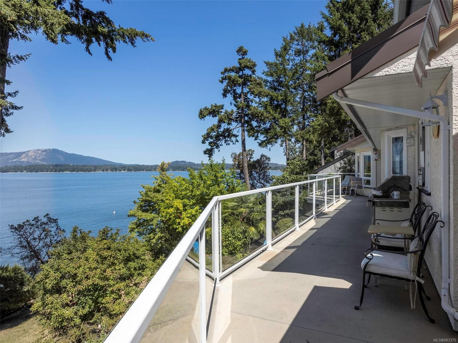 Main Photo: 9594 Ardmore Dr in : NS Ardmore House for sale (North Saanich)  : MLS®# 883375