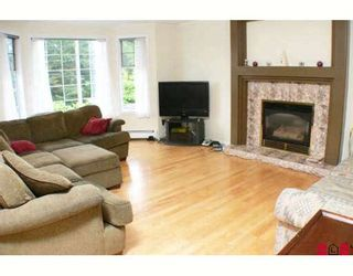 """Photo 2: 11155 154TH Street in Surrey: Fraser Heights House for sale in """"FRASER HEIGHTS"""" (North Surrey)  : MLS®# F2900344"""