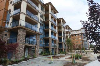 """Photo 22: 105 20673 78 Avenue in Langley: Willoughby Heights Condo for sale in """"Grayson"""" : MLS®# R2444196"""