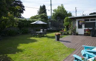 """Photo 18: 1385 REDWOOD Street in North Vancouver: Norgate House for sale in """"NORGATE"""" : MLS®# R2170500"""