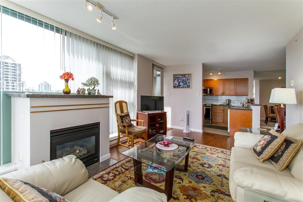 "Photo 3: Photos: 1801 4398 BUCHANAN Street in Burnaby: Brentwood Park Condo for sale in ""Buchanan East"" (Burnaby North)  : MLS®# R2485433"