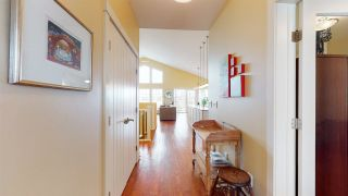 Photo 2: 856 HODGINS Road in Edmonton: Zone 58 House for sale : MLS®# E4236972