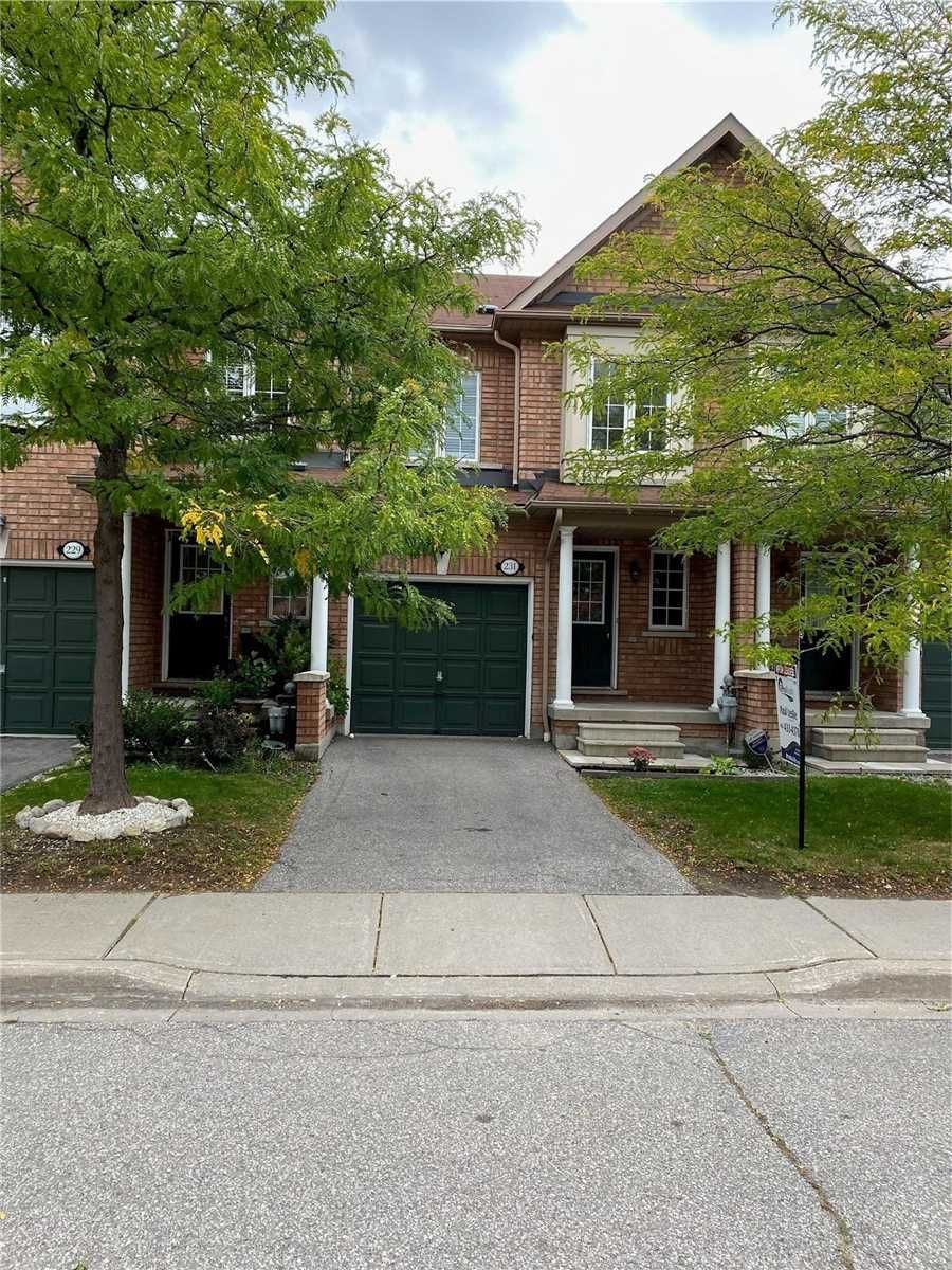 Main Photo: 231 7360 Zinnia Place in Mississauga: Meadowvale Village Condo for lease : MLS®# W5383587