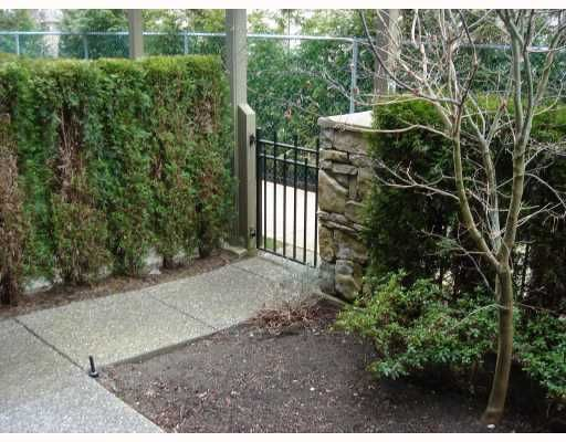 """Photo 2: Photos: 22 6233 BIRCH Street in Richmond: McLennan North Townhouse for sale in """"HAMPTONS GATE"""" : MLS®# V689042"""