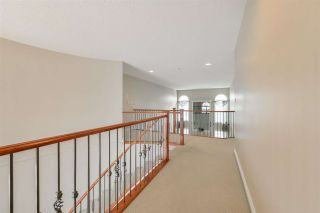 Photo 31: 1197 HOLLANDS Way in Edmonton: Zone 14 House for sale : MLS®# E4221432