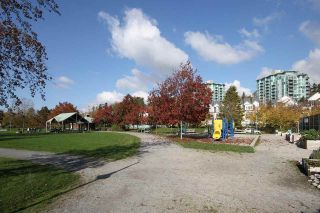 """Photo 17: 11 2711 E KENT AVENUE NORTH Avenue in Vancouver: Fraserview VE Townhouse for sale in """"RIVERSIDE GARDENS"""" (Vancouver East)  : MLS®# R2010542"""
